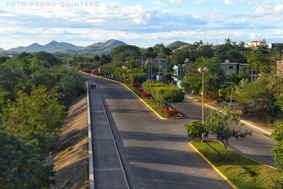Foto del malecón de Rosario, Sinaloa por Pedro Quintero