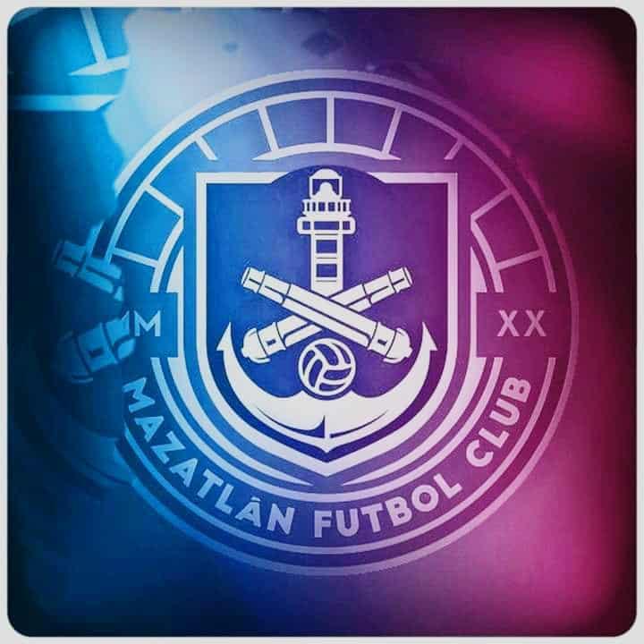 Mazatlán presenta el primer uniforme de su historia