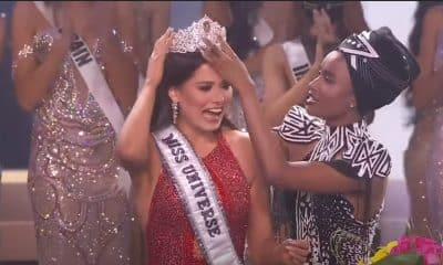 Andrea Meza recibe corona miss universo 2021